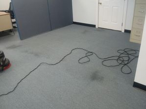 Before & After Commercial Carpet Cleaning in Columbus, IL (1)